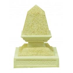 Remate de columna con forma de pirámide pequeña
